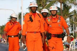 Segurança na Lavagem de Itapuã 2011 Na foto: Foto: Mateus Pereira/AGECOM