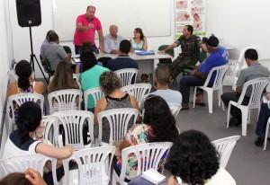 Reunião de combate a dengue  -foto Gidelzo Silva Secom