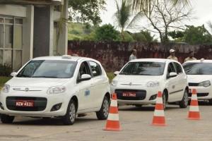Vistoria da frota de táxis  em Itabuna - Foto Gabriel de Oliveira