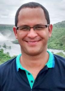 Wesley Almeida levou o premio Sosígenes Costa de Poesia. Foto divulgação