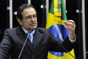 O Congresso Nacional realiza sessão solene para comemorar o centenário de nascimento do escritor Jorge Amado. Em discurso na tribuna do plenário do Senado Federal, senador Walter Pinheiro (PT-BA).
