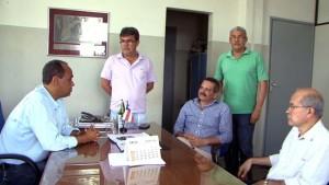 Prefeito de Ubaitaba Paulo Bidú com secretários recebe prefeito de Itabuna Claudevane Leite e Marcos Monteiro da Sedur - Foto Martone Badaró 2