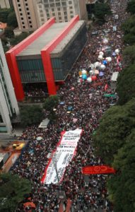 O Masp foi o ponto de concentração do movimento em SP. Foto: reprodução Facebook